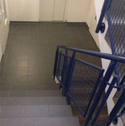 Treppenhaus Reinigung Reiniger